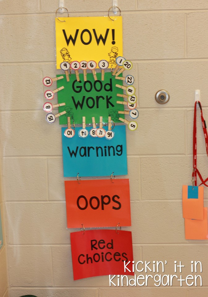 Kindergarten Behavior Calendar : The behavior chart stays